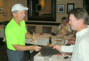 Bobby Clampett congratulates Ken